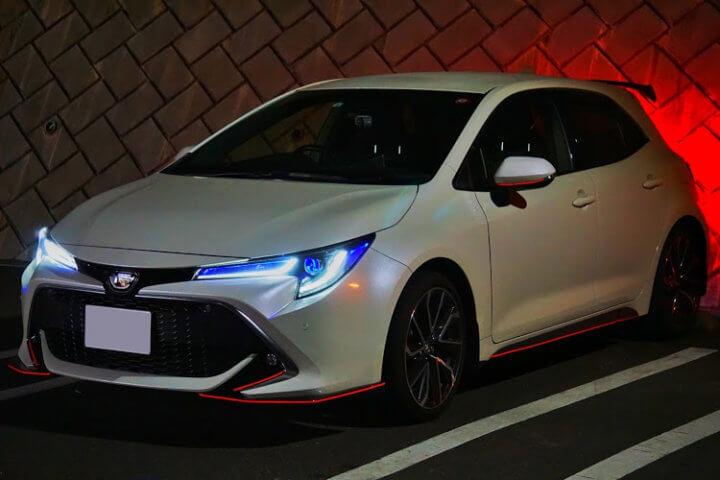トヨタ カローラスポーツ NRE210H