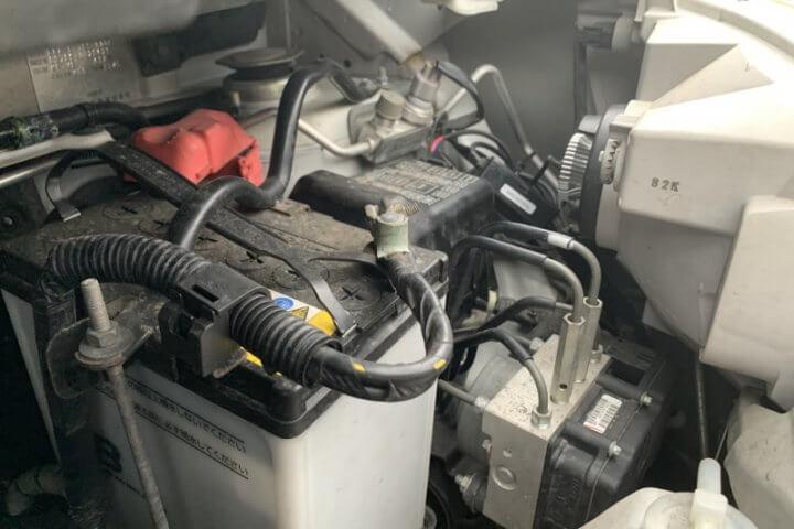 タントL375ヘッドライト交換15
