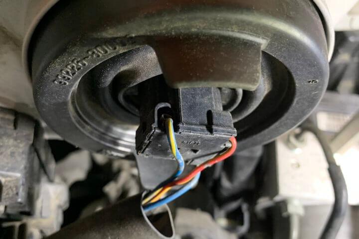 タントL375ヘッドライト交換4
