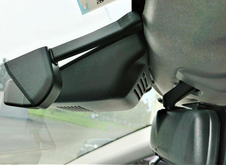 トヨタ(純正) カメラ別体型ドライブレコーダー