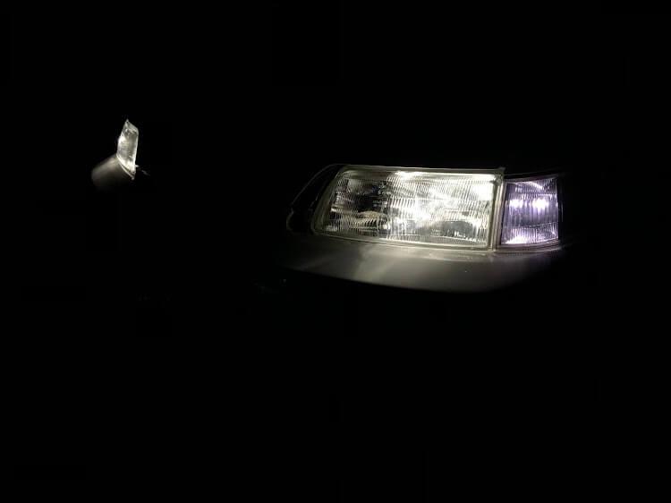 CR-X ヘッドライト